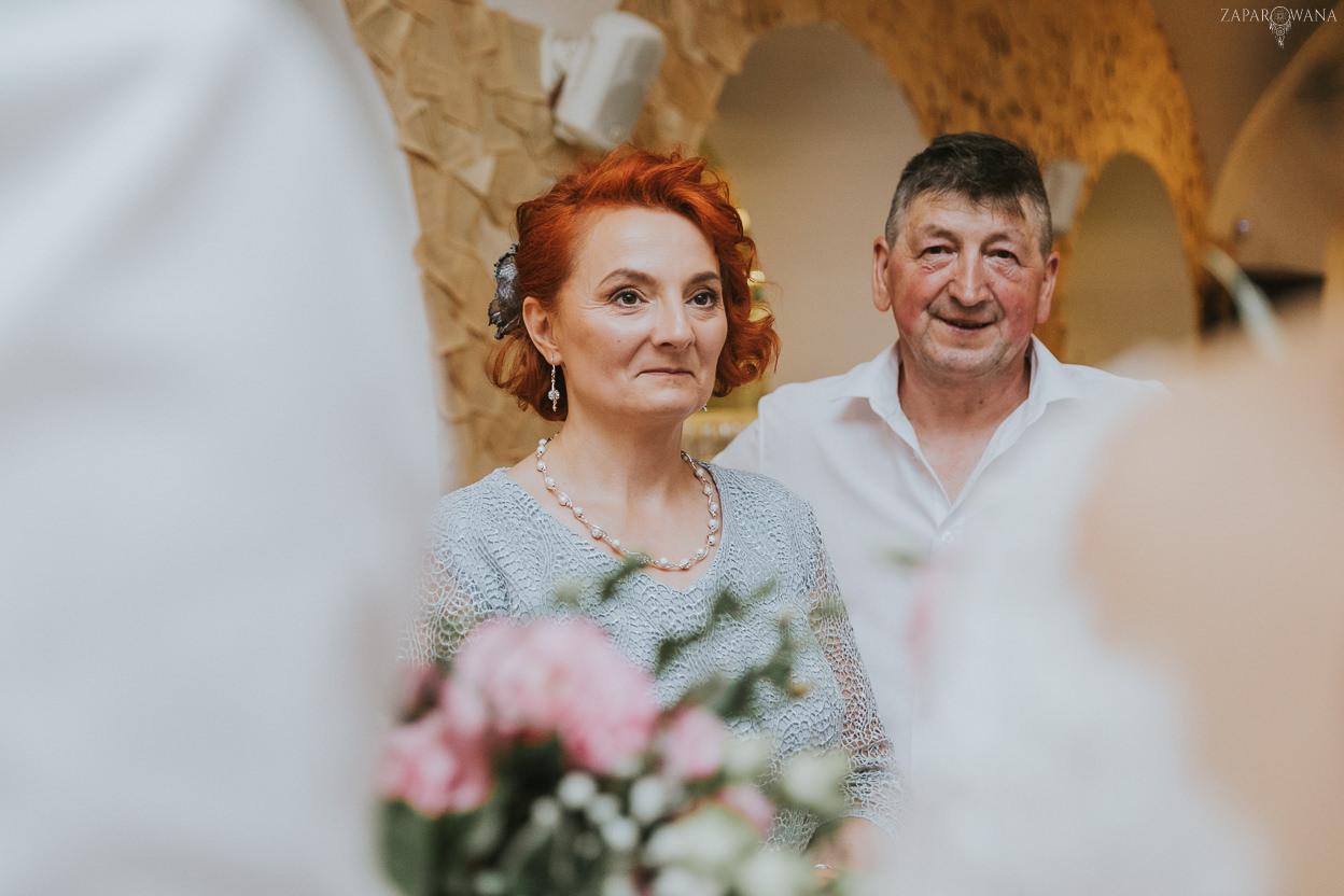 579 - ZAPAROWANA - Kameralny ślub z weselem w Bistro Warszawa