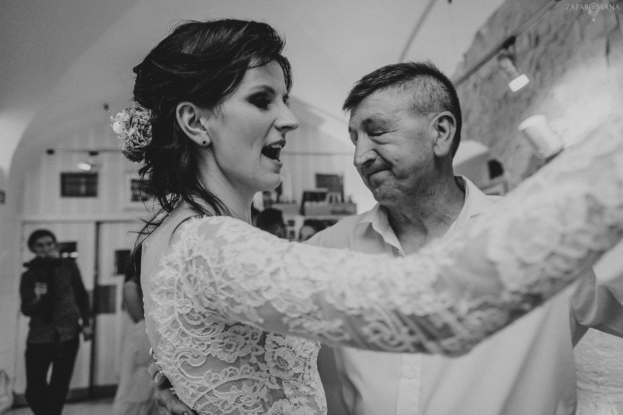 491 - ZAPAROWANA - Kameralny ślub z weselem w Bistro Warszawa