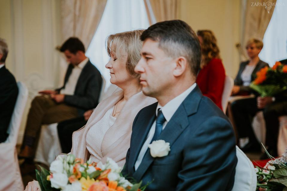 Agnieszka Piotr - Fotografia ślubna Warszawa - Pałacyk Otrębusy - ZAPAROWANA-053