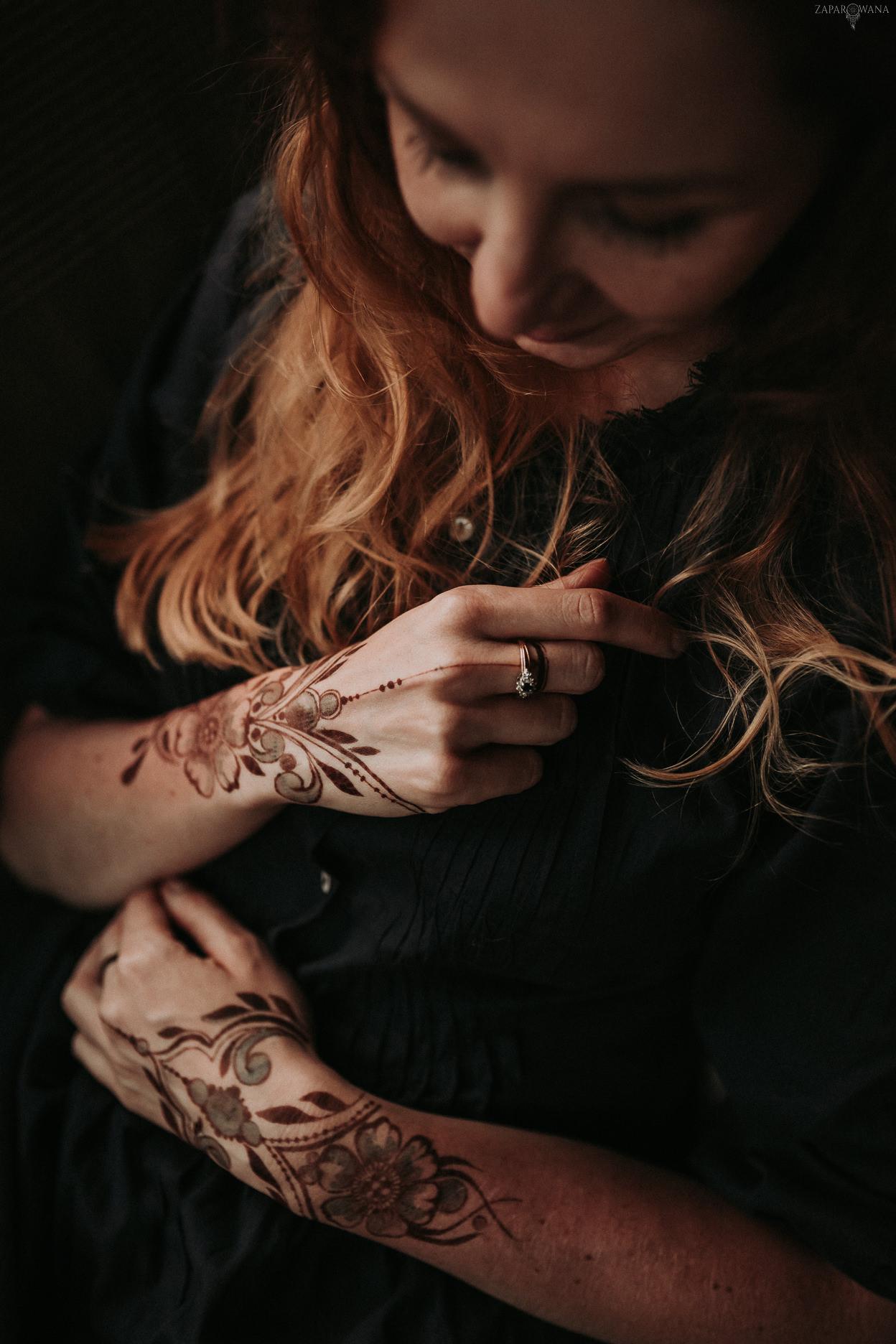 ZAPAROWANA - Fotograf ślubny - Sesja narzeczeńska Warszawa - Tatuaż z henny