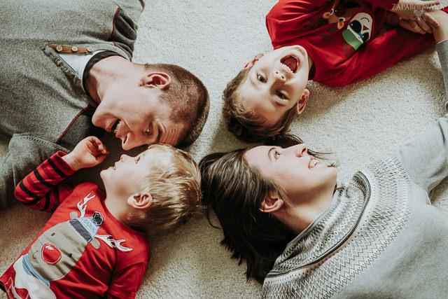 029 - Lifestyle'owa sesja rodzinna świąteczna - AAWM - ZAPAROWANA_