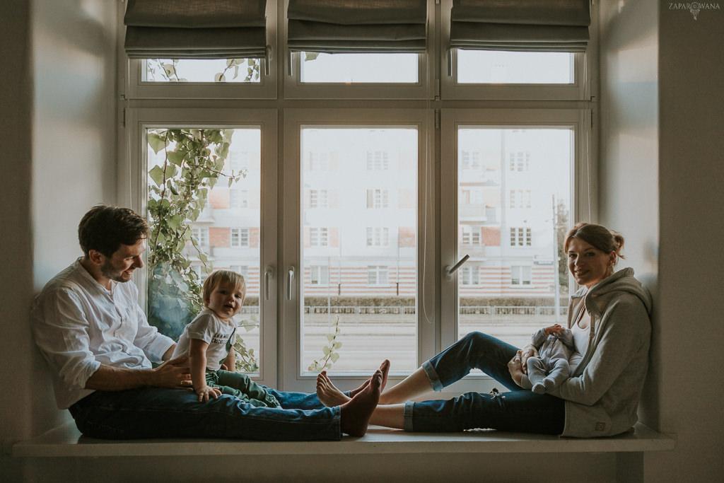 ZAPAROWANA - Sesja noworodkowa rodzinna Warszawa