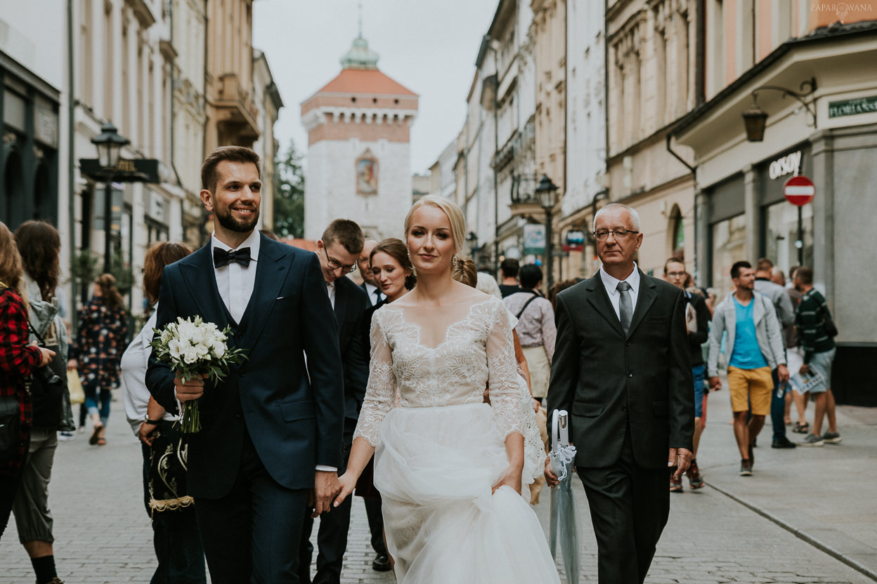 128 - ZAPAROWANA - Kameralny ślub w Krakowie