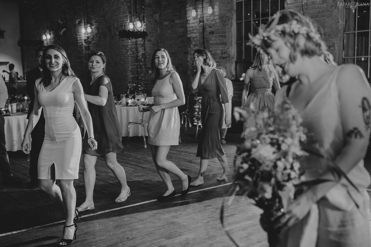 576 - ZAPAROWANA - Reportaż ślubny