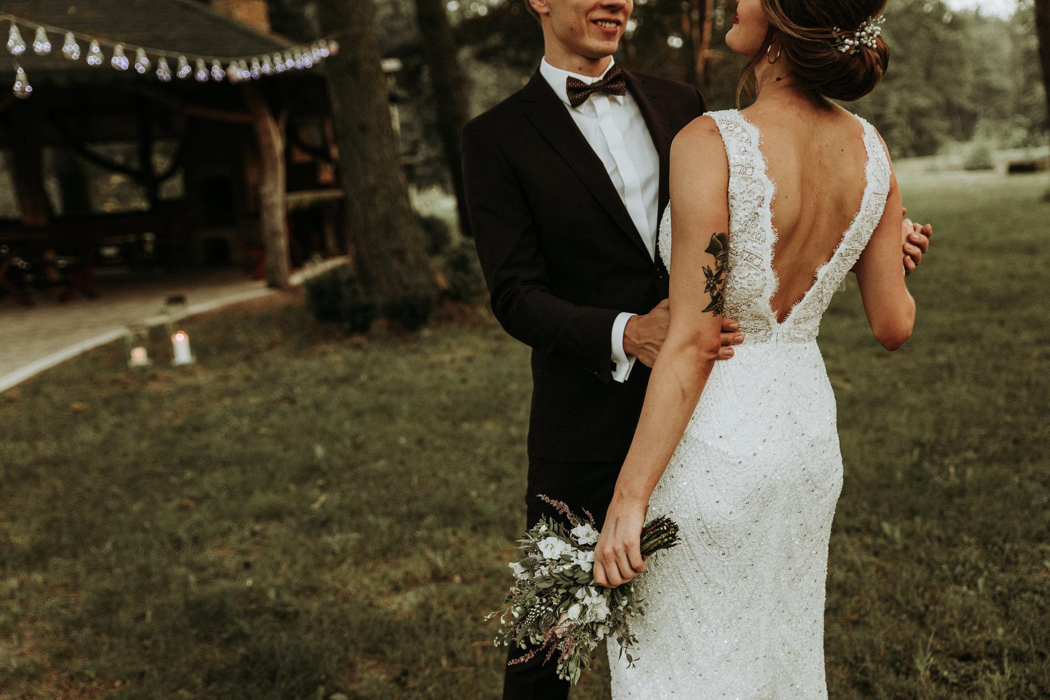 ZAPAROWANA - Ślub plenerowy w Dworku Cykada - Fotograf ślubny